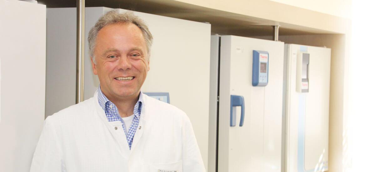 Chefarzt Dr. can Müller